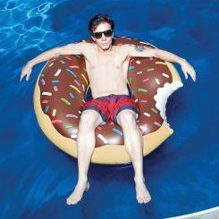 Flotador donut gigante de chocolate negro