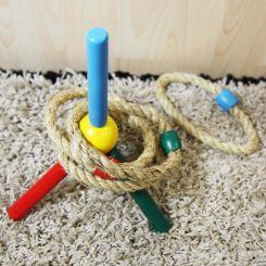 Juego de lanzar aros de cuerda