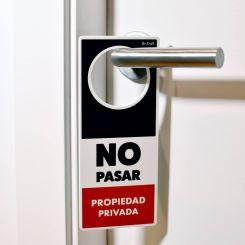 Colgador para puertas (poming) Propiedad privada