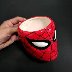 Taza con relieve de Spiderman, Marvel