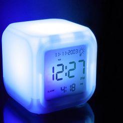 Aurora touch: Reloj alarma colores