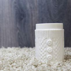 Taza de cerámica con jersey