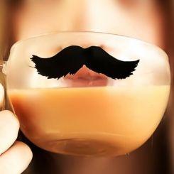 Vaso bigote con asa
