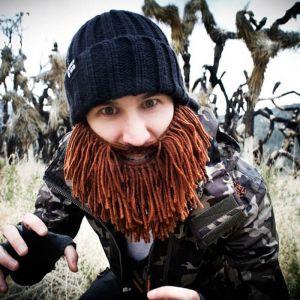 Gorro con barba desmontable Barbarian Vagabond