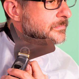 Beard Buddy plantilla de metal Retoque barba con 8 funciones