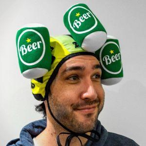 Gorro con velcro para atrapar latas de cerveza de peluche