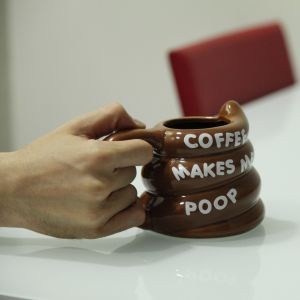 "Taza ""Coffee makes me poop"""