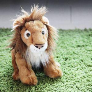 León de peluche