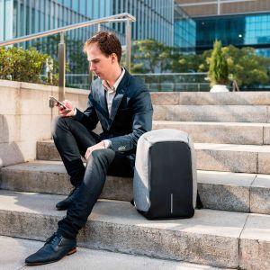 Bobby, la mochila inteligente antirrobos de XD Design