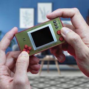 Videoconsola de bolsillo retro clásica